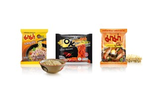 MAMA Instant Noodles with Variety of Flavors