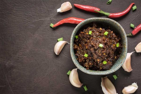 Roasted Chili Paste or 'Nam Prik Pao'